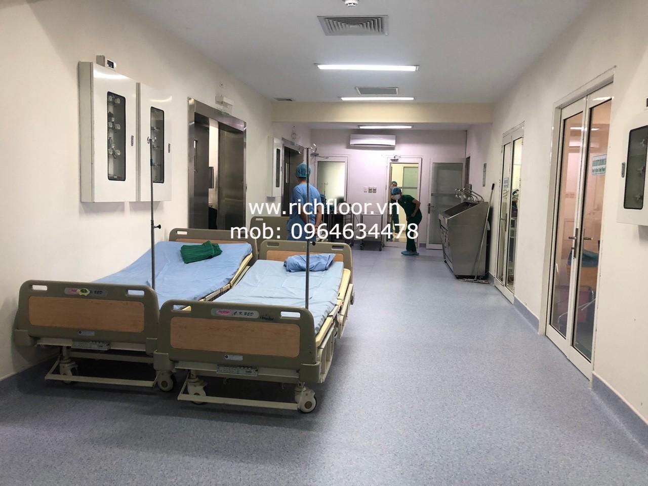 sàn lát bệnh viện